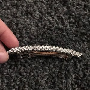 Jewelry - Hair clip